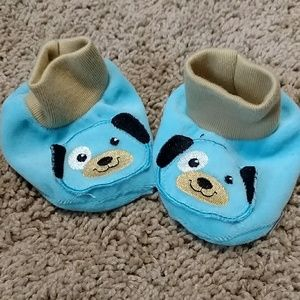Blue puppy slippers 0-6 months